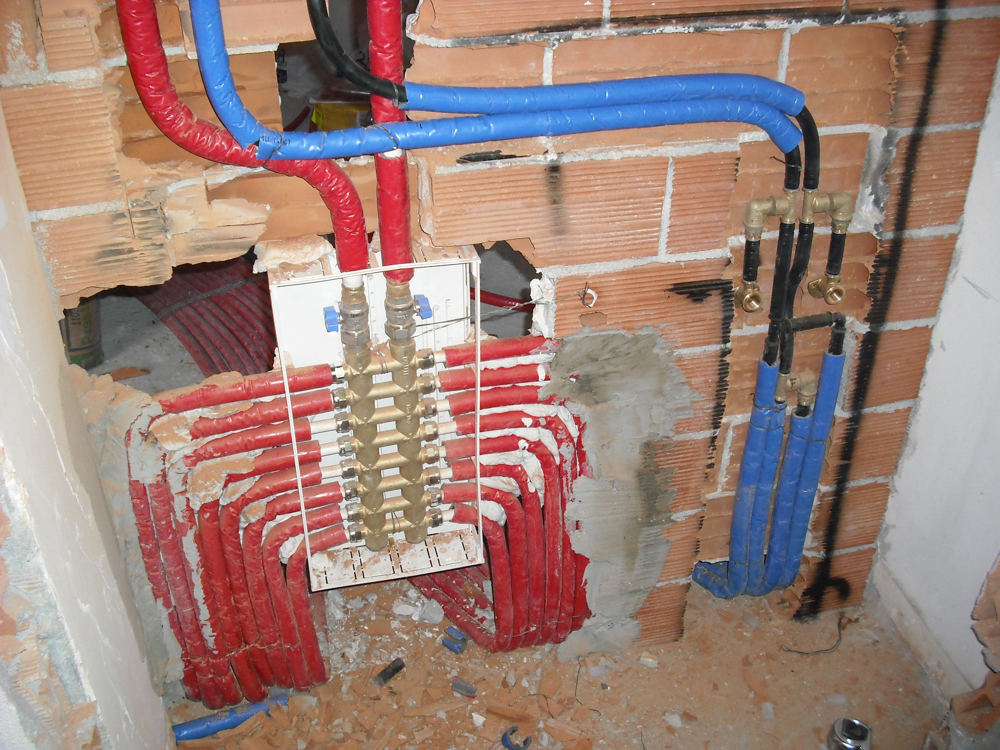 Collettore modul per impianto di riscaldamento - Caldaia per casa 3 piani ...
